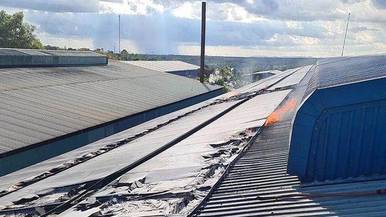 Gia Lai: Cháy hệ thống pin điện mặt trời áp mái