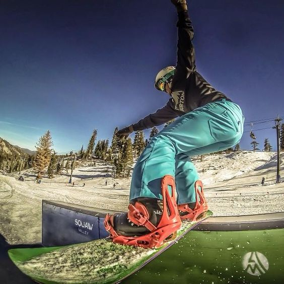 What do you call the snowboarding stunt in this pic?