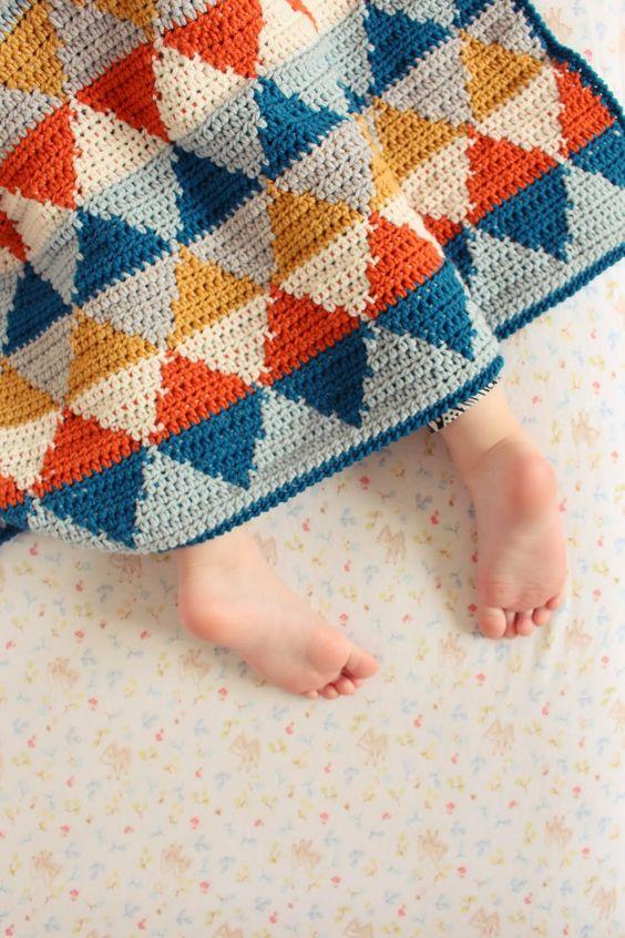 Knitting Classes London : Tapestry crochet blanket from inside may