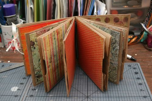 paper lunch bags used to make a journal - I'm going to make this