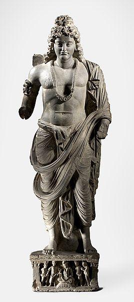 犍陀羅地區,巴基斯坦  菩薩站立 3〜4世紀 菩薩的犍陀羅灰色片岩站立的身影 雕塑,灰色片岩石材 工藝:灰色片岩石材 153.0 HX 51.0寬x…