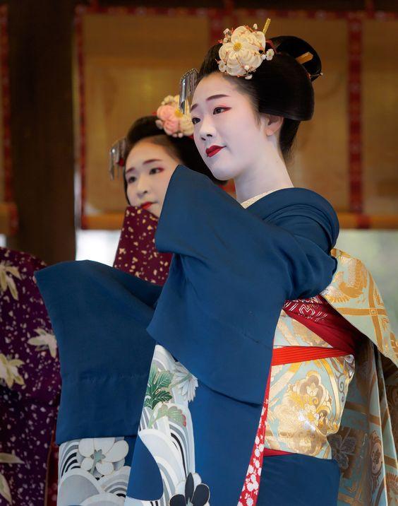 富多愛 tomitae 富久春 fukuharu 舞妓 maiko 祇園東 節分祭 KYOTO JAPAN