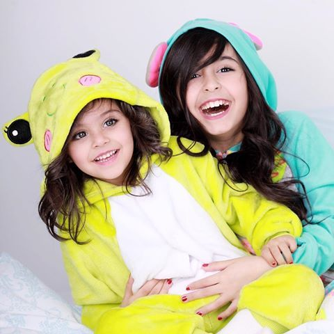 Pin By دلال On وله وغادة السحيم Cute Kids Photos Cute Baby Pictures Mommy Daughter Photos