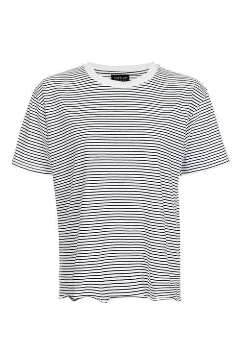 T-shirt rayé avec finitions trouées. Taille 36.