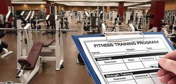 Muskelaufbau: Der optimale Trainingsplan für Anfänger #derneuemann http://www.derneuemann.net/muskelaufbau-trainingsplan-anfaenger/832