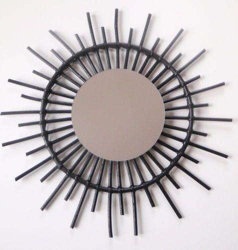 Miroir soleil en rotin ann es 50 60 par roger bontemps for Miroir annees 50