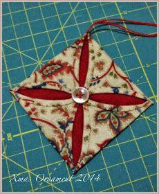 Un punto e una croce: Xmas Ornament 2014