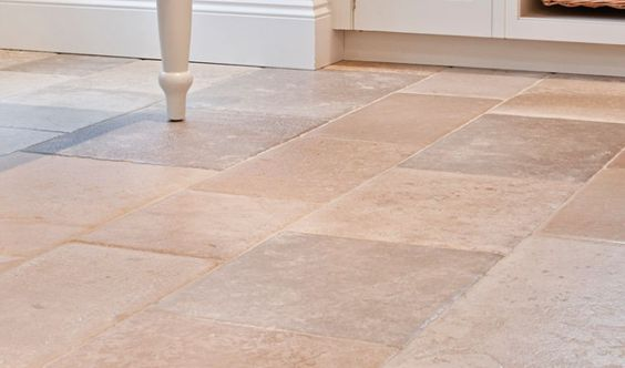 Dalles de pierres naturelles en pierre de bourgogne for Carrelage exterieur 40x40