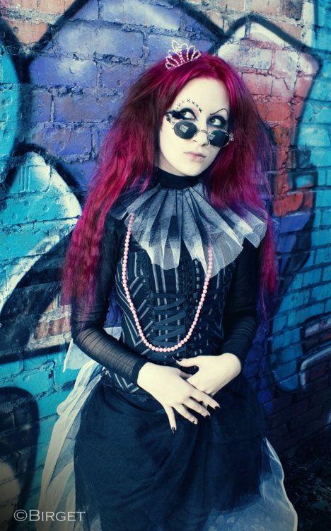 Alice in Goth Wonderland?