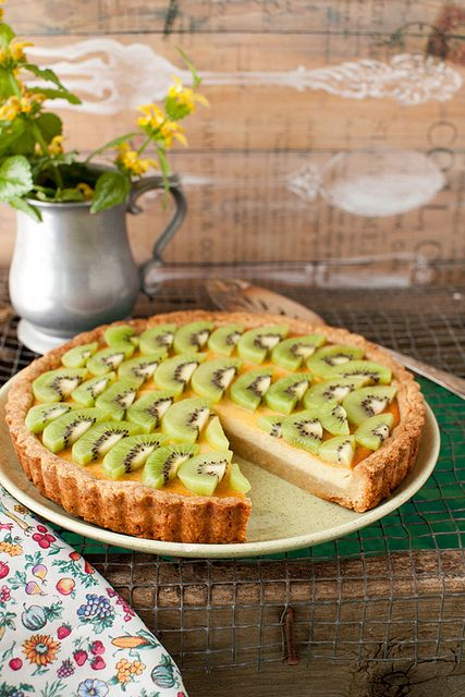 Kiwi Ricotta Cheese Tart, Lemon Almond Crust