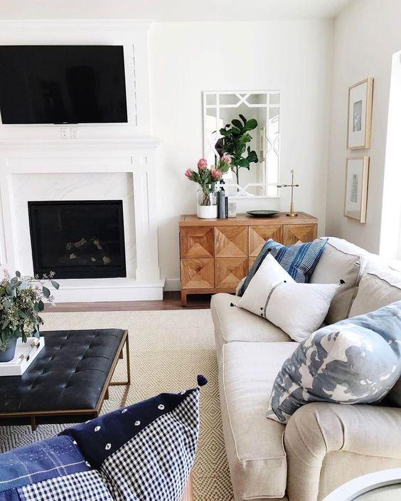 Phòng khách lãng mạn lôi cuốn với sofa da thật tphcm