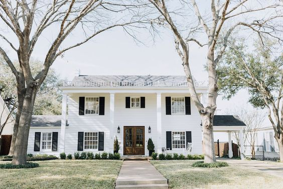 3317 Castle Avenue In Waco Tx Call Camille Johnson For More Information Or To Set Up A Showing Today 254 744 3858 Realestate Waco Cjrealto In 2020 Waco Contract