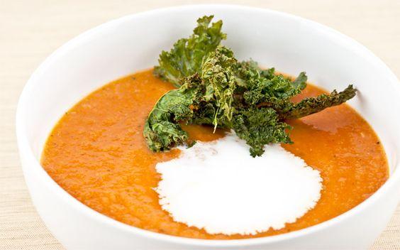 Creamy Tomato and Bean Soup recipe #vegan