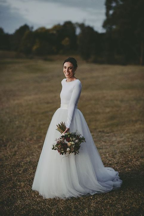 Simple Long Sleeves Wedding Dress White Chiffon Bridal Dress Simple Ball Gown So Modest Wedding Dresses Tulle Wedding Dress Wedding Dress Long Sleeve