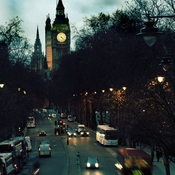 London, England- We love walking the streets of London at ...