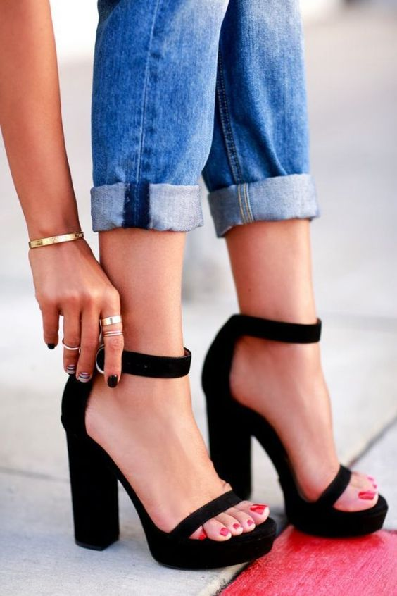 So Cute!  Black Chunky Heel Ankle Buckle Strap Platform Square Heel open Toe Sandals: