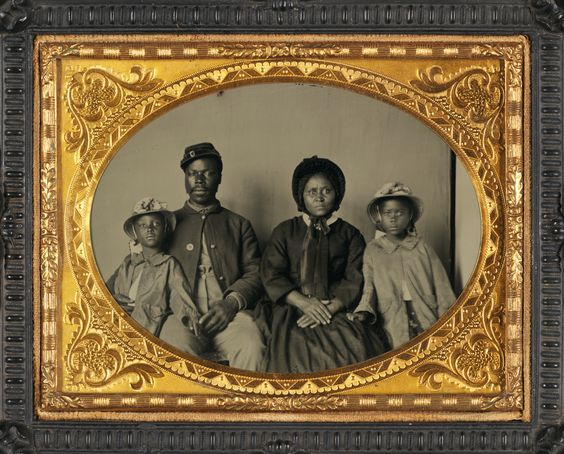 A Union Soldier and his family....