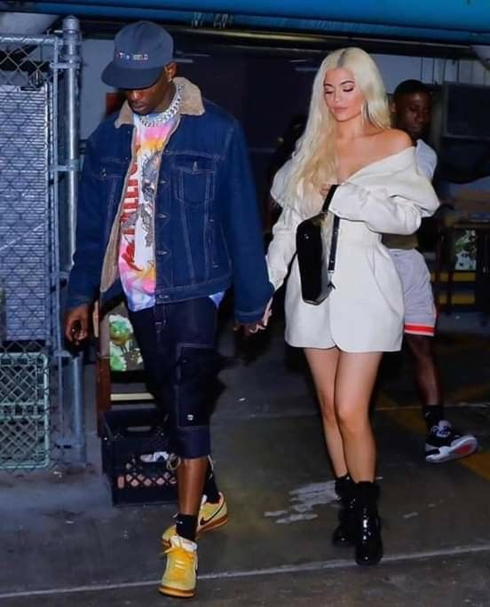 Kylie Jenner Los Angeles February 7, 2019 – Star Style