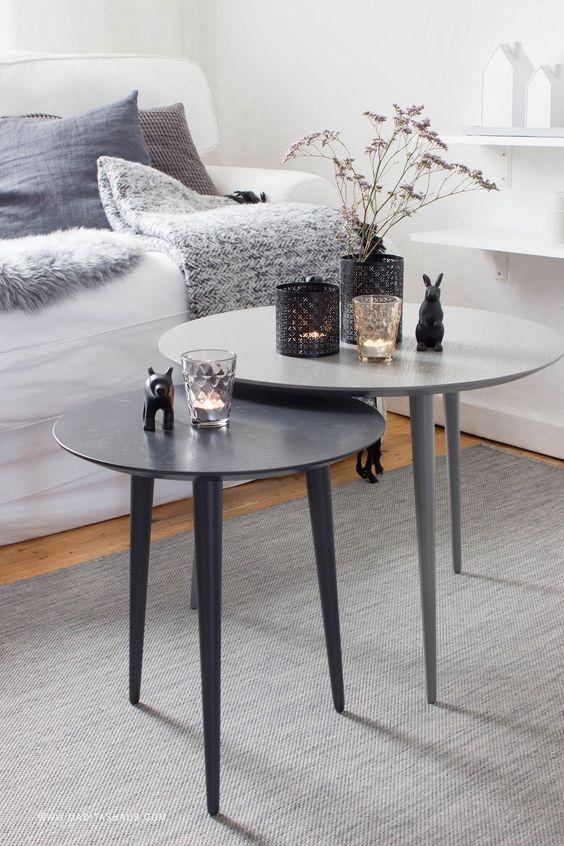 Two shades of grey allow a wide range of decoration ideas. #mycs #makeityours #furnituredesign  3 herbstliche Dekoideen für den Tisch   Maditas Haus   Lifestyle und Interior Blog