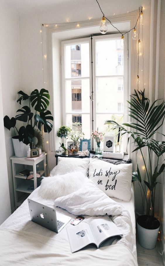 20 Awesome Minimalist Bedroom Decorating Ideas for Small Spaces