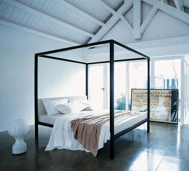 Traumhafte Himmelbetten Massiv Himmelbett aus Erle bei Car Möbel - romantisches schlafzimmer mit himmelbett gestalten