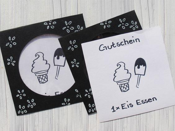 Gutschein Eis essen Geschenkgutschein schwarz-weiß