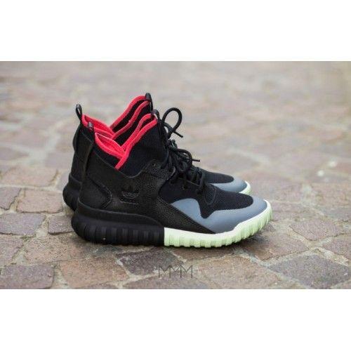 yeezy negras adidas