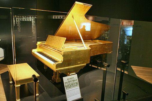 The winning bidder for Elvis Presley's gold piano is no longer a secret