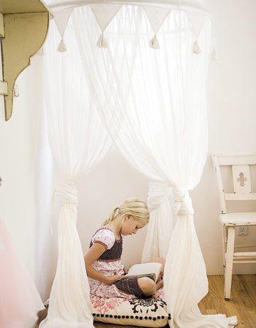 mommo design: 10 GIRLY READING NOOKS