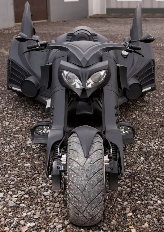 A custom #bike inspired by #Batmobile from #Batman #Movie #motorcycle #sportsbike #speed #cool #classic #race #luxurylife #ride #motorbikes #bikers #myuae #uaefashion #BruceWayne #architecture #design