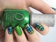 fish scale print nails