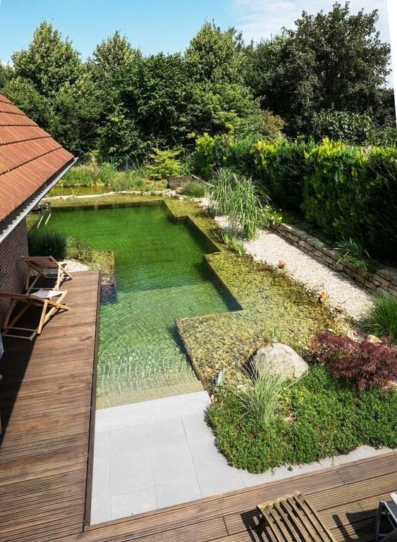 25 Wunderschon Naturliche Teich Swimmingpool Design Ideen Ideen Pool Ideen Naturliche Pool Poolim In 2020 Pool Landscaping Natural Pond Backyard Landscaping