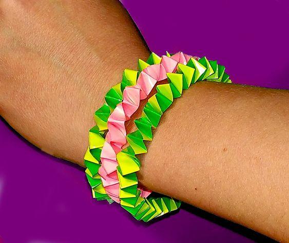 DIY Easy Bracelet. Paper bracelet only 3 minutes. Great idea for gift