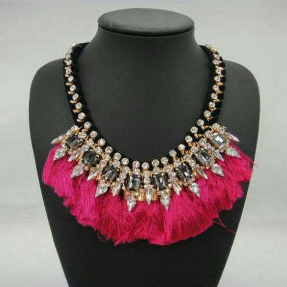 Sparkling Gem hand woven statement necklace New, pink Jewelry Necklaces