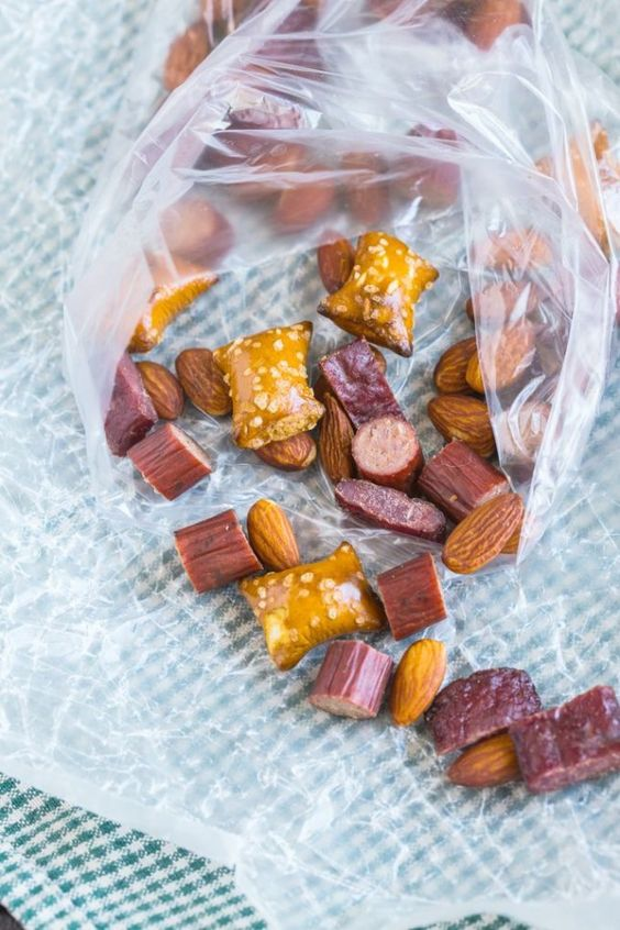 18 Road Trip Snacks for Vacay Munching | Brit + Co