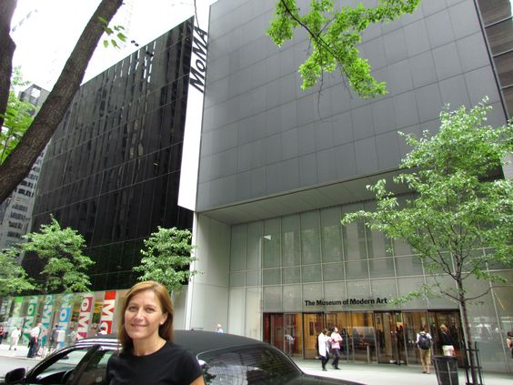 Museo de Arte Moderno de Nueva York, situado en Manhattan en el 11 West con la calle 53 de Nueva York.