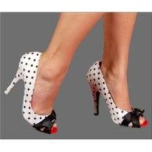 love of polka dots + love of shoes.