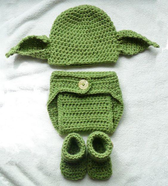 Free Crochet Pattern For Baby Yoda Hat : Yoda Beanie Newborn 0-3 months Star Wars Photo Prop 4 Pc ...