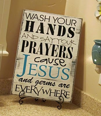 I want this for my boys bathroom! Love it! :)