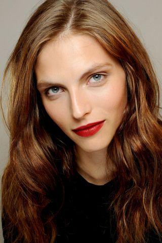 Burberry Prorsum Spring 2013. Clean face, red lip. Very modern.