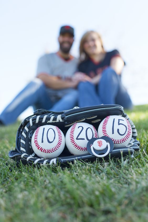 Baseball themed pregnancy reveal. SF Giants pregnancy announcement: