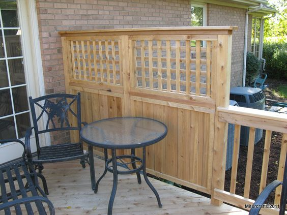 Deck privacy lattice privacy fence solid board with for Build deck privacy screen