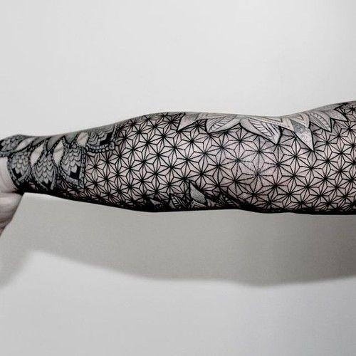 Wonderful Geometric sleeve tattoo Ideas 66 Geometric Sleeve Tattoo Flower with Complicated Patterns