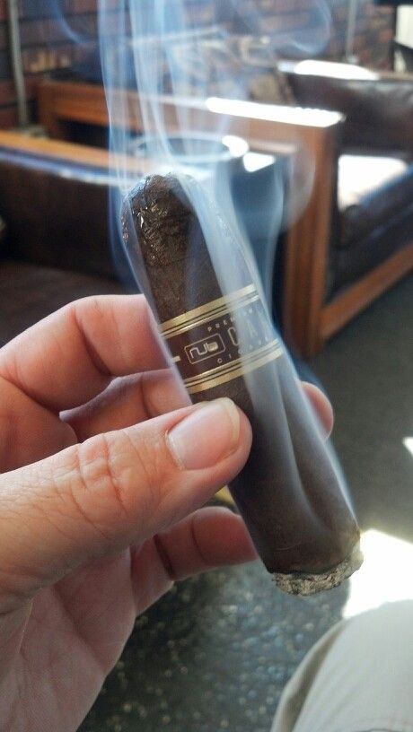 Nub Cafe available at cigarclubindia.com - the best destination to buy cigars in India