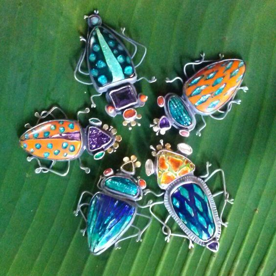 Kristin Holeman- New beetles for Craftart in a couple of weeks. Cloisonne Enamel glassonmetal vitreousenamel kristinholeman beetles pin/pendants. All come with oxidized silver collar.: