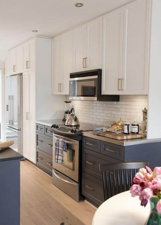 Cabinets white kitchen cabinets and kitchen cabinets on for Kitchen cabinets 42 uppers