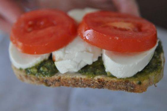 So simple yet sooo delicious - bread.pesto.fresh mozzarella.tomatoes