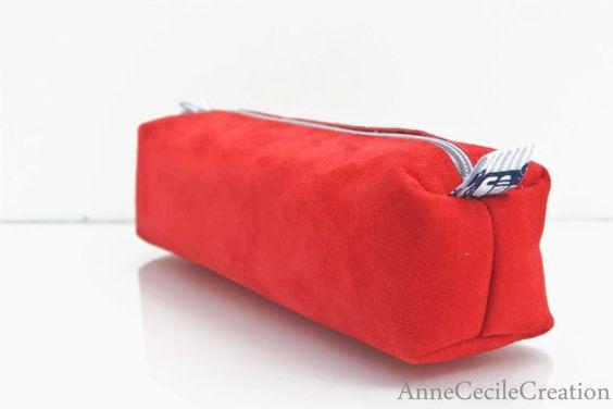trousse crayon cuir rouge daim  ecolier par AnneCecileCreation