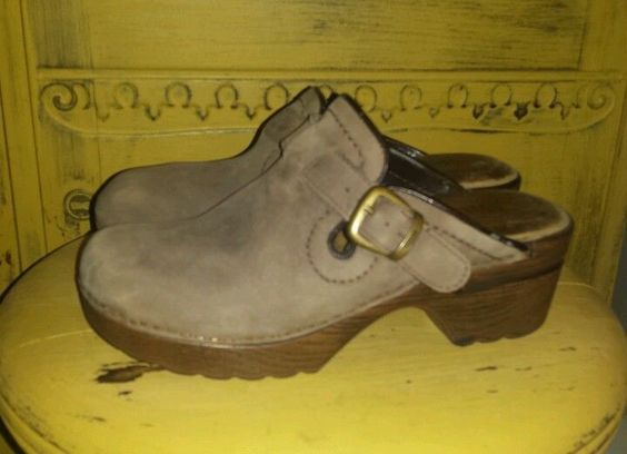 BASS LEATHER CLOGS MULES WEDGE PLATFORM SHOES TAUPE 7 M HEELS FESTIVAL HIPPIE #BASS #Mules