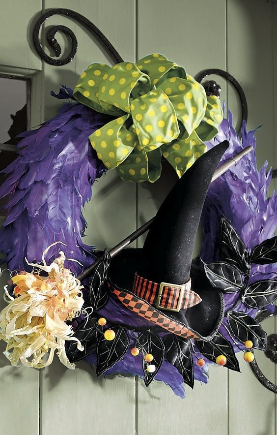 When there are spells to be cast, it's good to have a witch on your side. Our Hocus Pocus Wreath declares that first-rate Halloween fun can be expected in your home, as well as a flair for wicked décor.